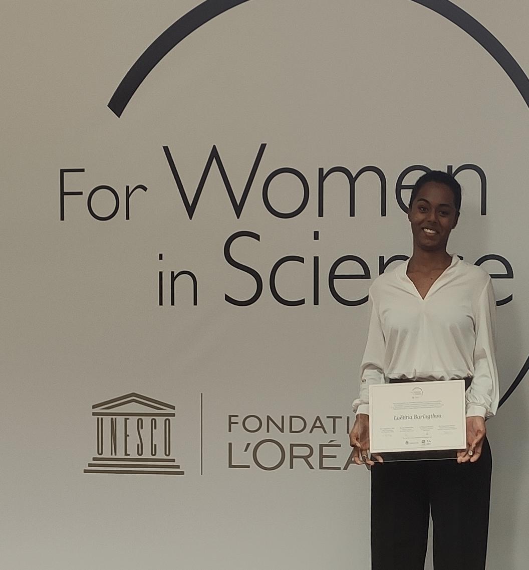 Laetitia Barighton, projet BISON, a reçu le prix des jeunes talents 2021 l'OREAL-UNESCO