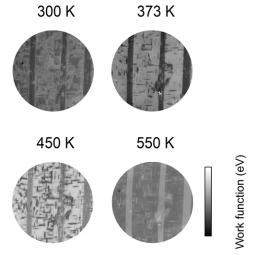 Effet de la proximité de la surface, de la mémoire des macles ferroélectriques et du tweed dans la phase paraélectrique du BaTiO3